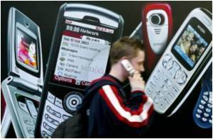 Mobile Phones Will Outnumber Humans by 2015