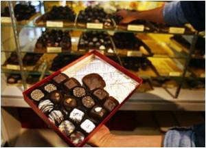 Men Derive More Benefit From Eating Dark Chocolate
