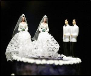 51 Percent Americans Support Same-sex Marriage