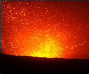 Vanuatu Volcano Attracts Tourists