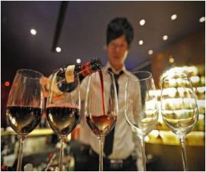 The World's Best Wine Waiter Crowned in Japan