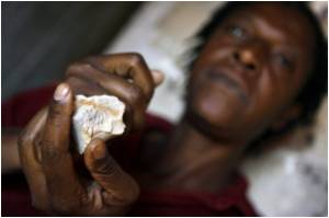 Zimbabwe Promises to Release Unspent Funds for AIDS: Report