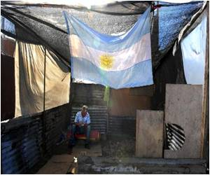 Argentine Shanty Builders Inspired by Pope Francis