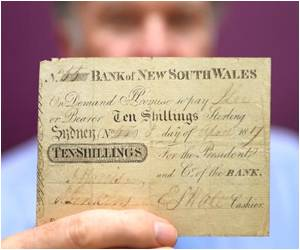 First Banknote in Australia Fetches US$310,000