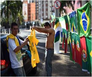 Brazil Vendors Miss Chinese Fakes Even as FIFA Crackdown Goes into Effect