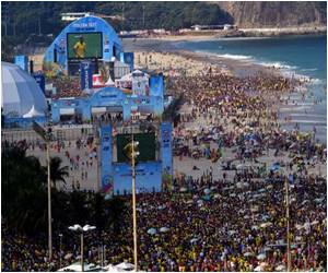 Brisk Business in Copacabana Gets a High Thanks to the World Cup!
