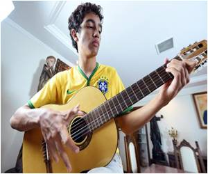Family With Six Fingers Hopes for a Sixth World Cup Triumph for Brazil