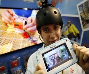 Old Favorites Among Toys Fight Rise of the Tablet
