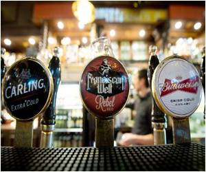 Figures Show Less Number of Britons Drinking in Pubs