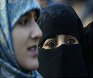 British College to Overturn Ban on Muslim Face Veils