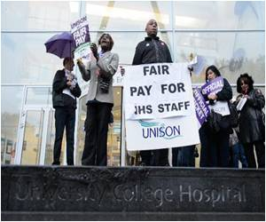 Report: NHS Staff in First Strike for 32 Years