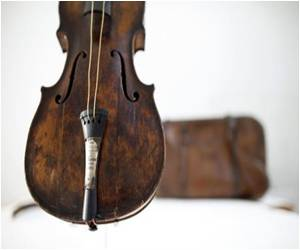 A Museum In Northern Ireland Will Display Titanic Bandmaster's Violin