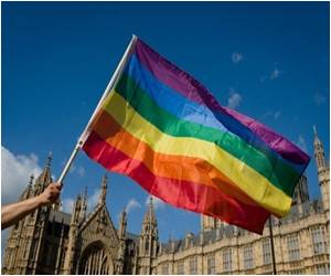 Gay Marriage in England Closer to Becoming Law