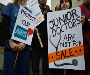 Junior Doctors Stage Their Second Strike at Hospitals in Britain