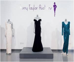 At London Sale Diana's Dresses Raise Over £850,000