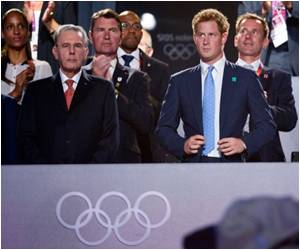 Vegas Shows Prince Harry Nude Pic 'Exploiters'