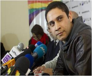 Chile Navy Officer Announces He is Gay