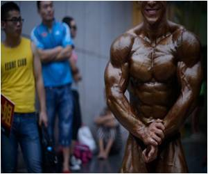 Bulging Popularity of Muscle Building in China