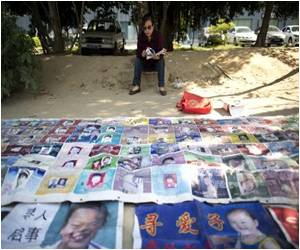 17-Year Hunt for Kidnapped Son Leaves Chinese Woman Homeless