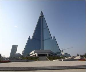 North Korea Aims to Finish Ryugyong Hotel