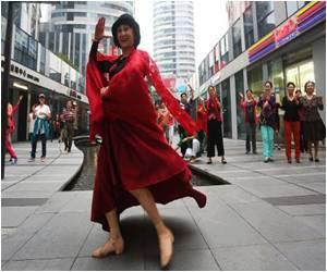 'Little Apple' Rocks From Beijing to Macau