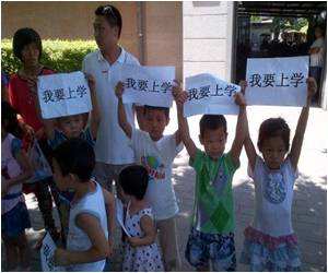 China's Migrant Children Need Education