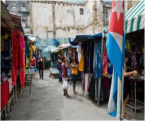 Small Retailers in Cuba Defy Ban on Sale of Imported Clothes