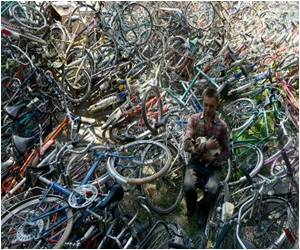 Czech Convicts Fix Old Bicycles for Gambian School Kids