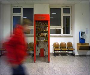 Mini Libraries to Crop Up in Obsolete Phone Booths in Czech Republic