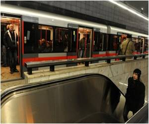 Subway 'Love Train' for Singles Planned in Prague
