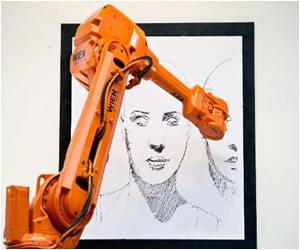 Artist Draws Three Cities With the Help of Robots