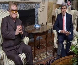 US War on AIDS Gets Elton John's Endorsement