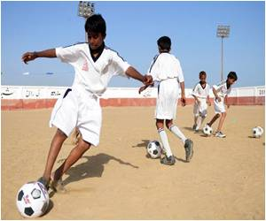 Football Academy Brings Joy for Pakistani Slum Kids