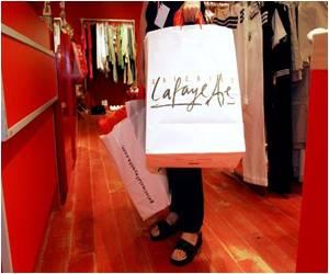 Fabius Backs Sunday Opening of Shops