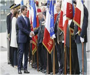 French Prime Minister Kicks Off Paris Liberation Anniversary