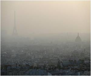 Paris Introduces Alternative Driving Days for Cars in Order to Curb Rising Pollution Levels