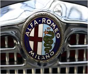 Alfa Romeo Driven by Mussolini Sold for $240,000 in Auction