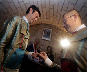 Gay Marriage Upheld In Spain