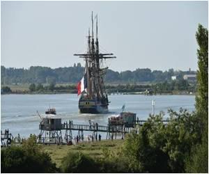 Replica of 18th Century Ship Begins Maiden Voyage