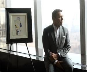 Las Vegas Billionaire Sues Swiss Expert Over 'Rothko' Painting