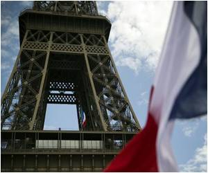 Seven Decades On, Paris Relives the Joy of Liberation