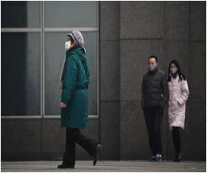 Warnings Over Bird Flu, Swine Flu Viruses Issued by Experts