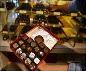 Chocolates can Boost Men's Performance in Bedroom: Study