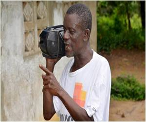 Radio in Tribal Languages Spreads Rare Tips on Ebola Prevention