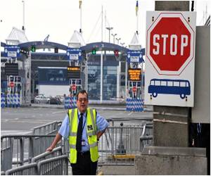 UK Border Staff Not Ready for Ebola Outbreak: Union Leader