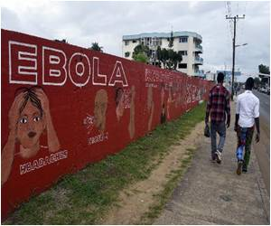 Ebola-Hit Nations 'Must Not be Isolated,' Says G7