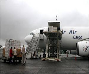Medical Equipment Sent by US to Fight Ebola Arrive in Liberia