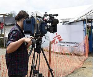 Freelance Cameraman With Ebola Arrives in US for Treatment