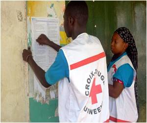 Red Cross Chief Advises to Use Lessons of AIDS to Fight Ebola