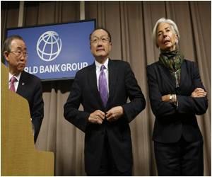 End of Ebola Epidemic is Still Far Away, Says World Bank's Kim